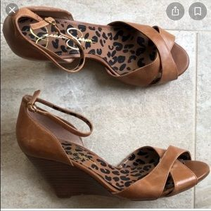 Jessica Simpson Nouta brown leather sandals 9B